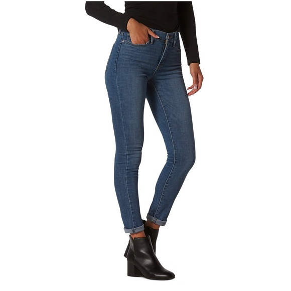 NWT Levi's 311 Shaping Skinny Jean